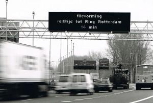 De eerste DRIP op de A13 werd op 28 november 1996 officieel in werking gesteld